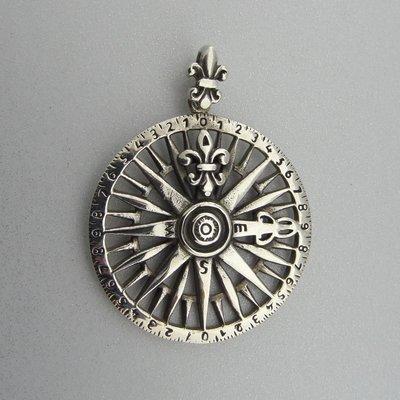 Zilveren Hanger Kompas met Franse Lelie