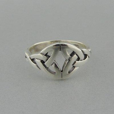 Zilveren Ring Keltische Triquetra