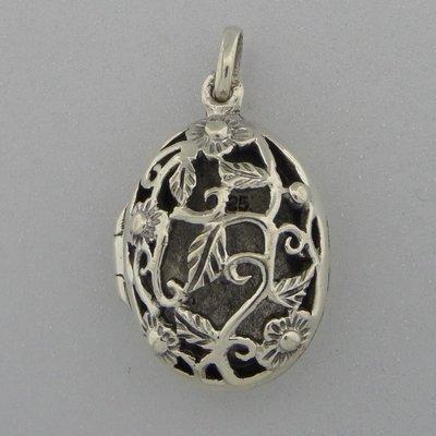 Zilveren Hanger Medallion open bewerkt met bloemetjes en blaadjes