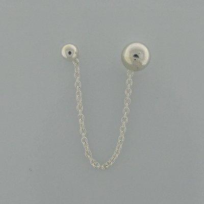 Zilveren Oorsteker kleine en grote bolletje met ketting