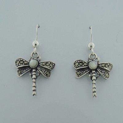 Zilveren Oorbel Libelle met wit parelmoersteentje en markasietjes