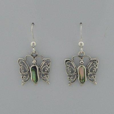 Zilveren Oorbel Vlinder met  parelmoer
