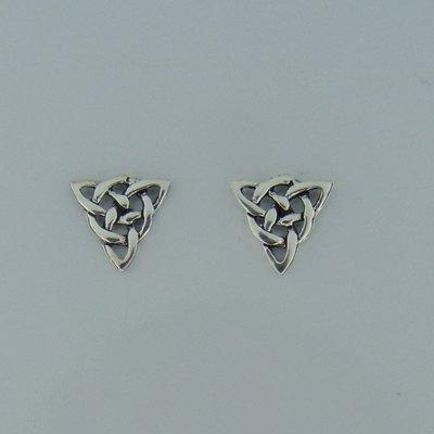 Zilveren Oorstekers Triquetra