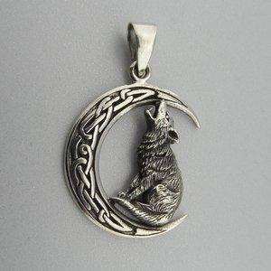 Zilveren Hanger Wolf in Keltische Halve Maan