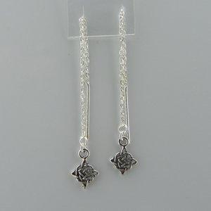 Zilveren Doortrek Oorbel Keltische knoop