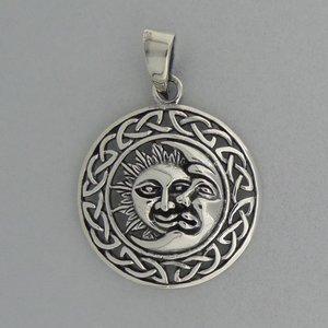 Zilveren Hanger Zon en Maan in Keltische cirkel