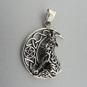 Zilveren Hanger Wolf in  Halve Maan met Pentagram