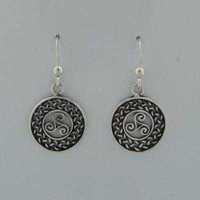 Zilveren Oorbel Keltische Triskel in Cirkel