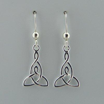 Zilveren Oorbel Keltische Triquetra