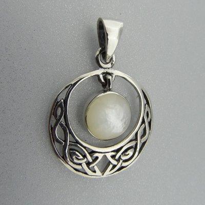 Zilveren Hanger Keltische Halve Maan met Parelmoer Wit