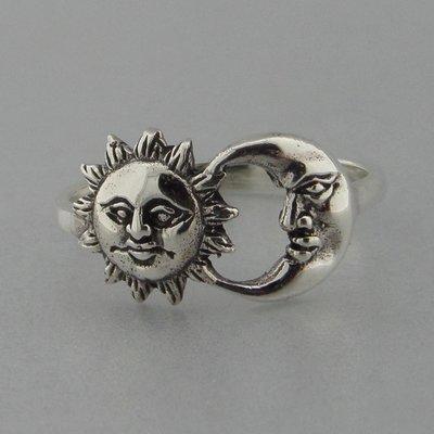 Zilveren Ring Zon en Maan