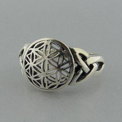 Zilveren Ring Flower of Life met Keltische Triquetra