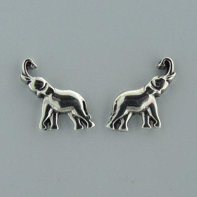 Zilveren Oorstekers Olifant