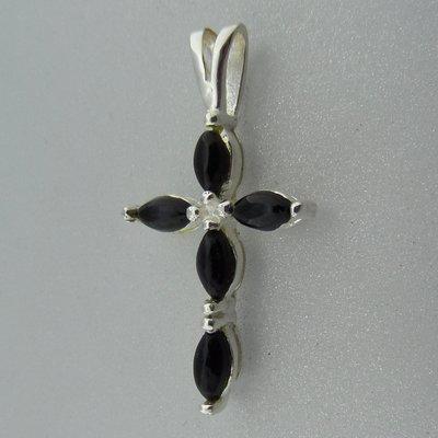 Zilveren Hanger  Kruis met Onyx