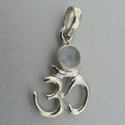 Zilveren Hanger Ohm met maansteentje