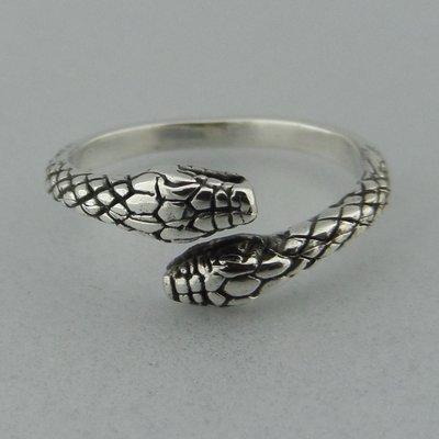 Zilveren Ring Slangenkop