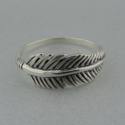 Zilveren Ring Veertje