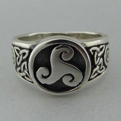 Zilveren Ring Keltische Triskel met Triquetra