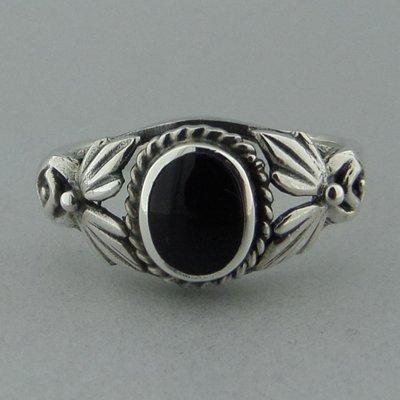 Zilveren Ring Onyx Bewerkt
