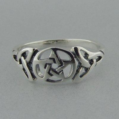 Zilveren Ring Pentagram met Keltische Triquetra