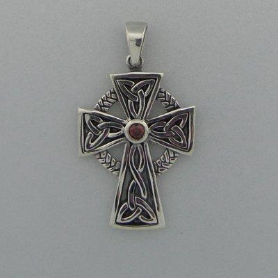 Zilveren Hanger Keltisch Kruis met granaat