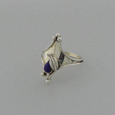 Zilveren Ring klein blaadje met steentje Lapis Lazuli