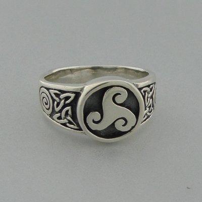 Zilveren Ring Triskel met Triquetra