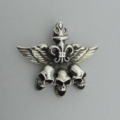 Zilveren Hanger Doodshoofden met Vleugels en Franse Lelie