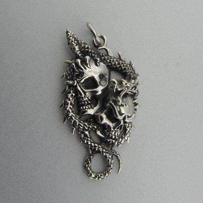 Zilveren Hanger Doodshoofden met Draak
