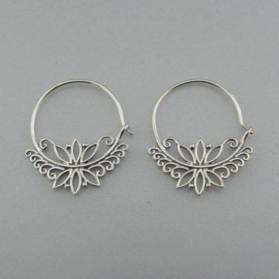 Zilveren Oorbel Flower Creool