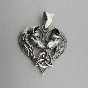 Zilveren Hanger Wolven in Hart met Keltische Triquetra